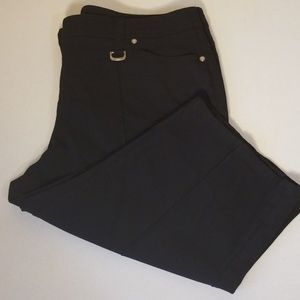 Style & Co. Black Stretch Capris